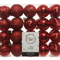 Classic red plastic Christmas baubles medium