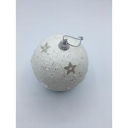 3 witte ballen met glitter en sterren