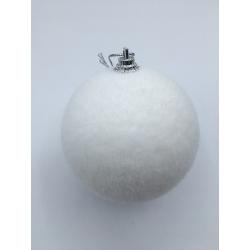 4 kerstballen met sneeuweffect