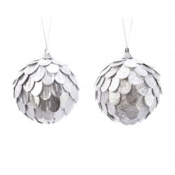 2 kerstballen zilver